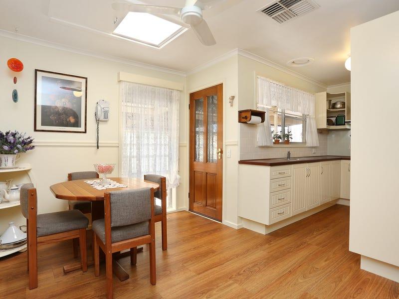12 Marcus Crescent, Coolaroo, Vic 3048