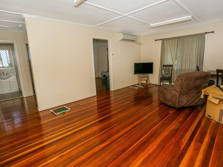 12 Emerald Street, Mount Isa, Qld 4825