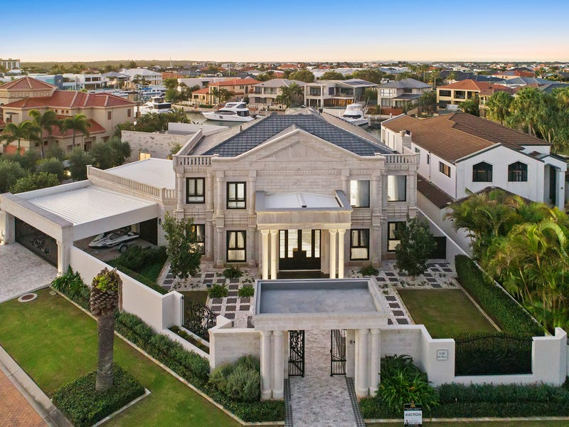 1-3 Queen Guineveres Place, Sovereign Islands, Qld 4216