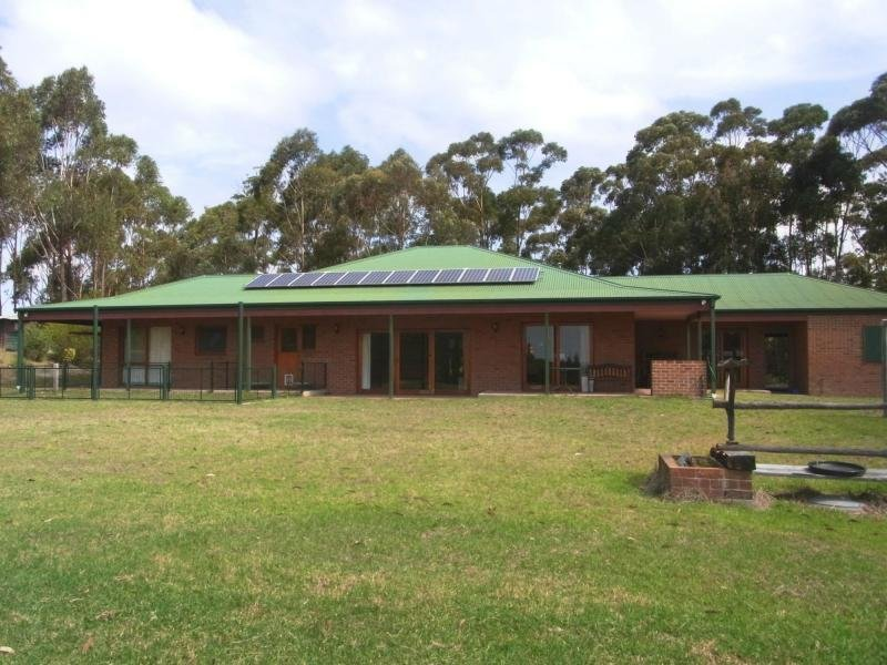 5 Kiaka Road, Nethercote, NSW 2549