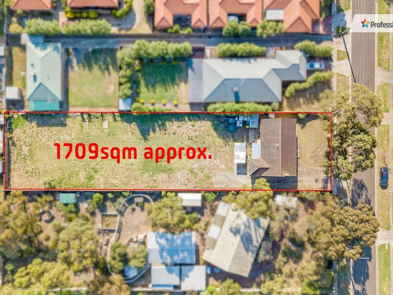 14 Toolern Street, Melton South, Vic 3338