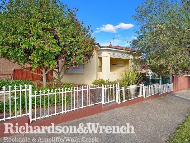 21 Henderson Road, Bexley, NSW 2207