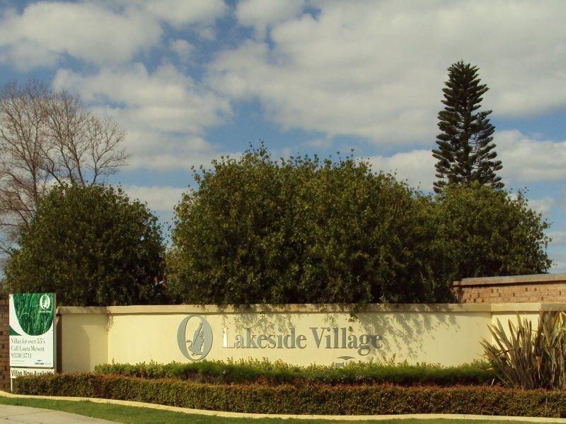 15/128 Lakeside Gardens, Bibra Lake, WA 6163