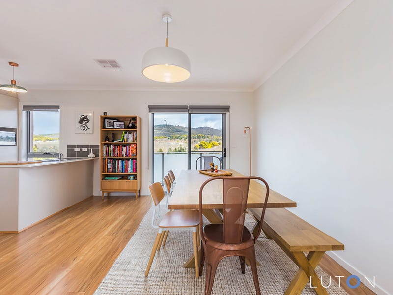 60/41 Philip Hodgins Street, Wright, ACT 2611
