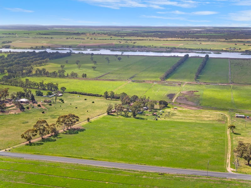 'Gales' - Lot 76 Jervois Road, Woods Point, SA 5253