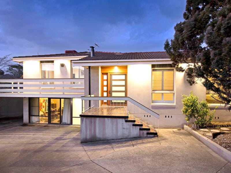 11 Martens Crescent, Weston, ACT 2611