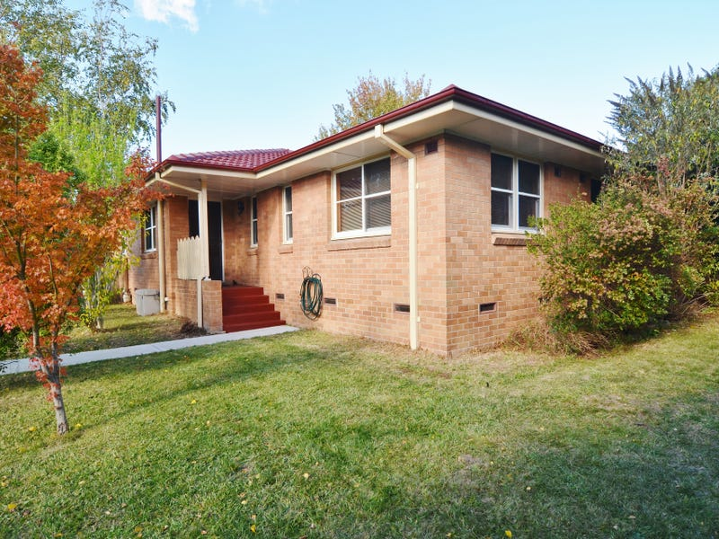 43 Maple Crescent, Lithgow, NSW 2790