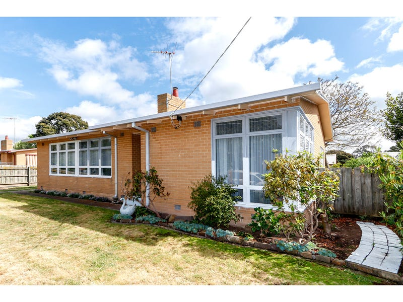 9 Bergen Crescent, Sale, Vic 3850