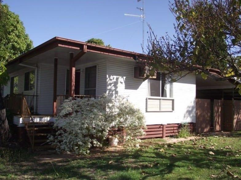 3 Kangaroo Drive, Moranbah, Qld 4744