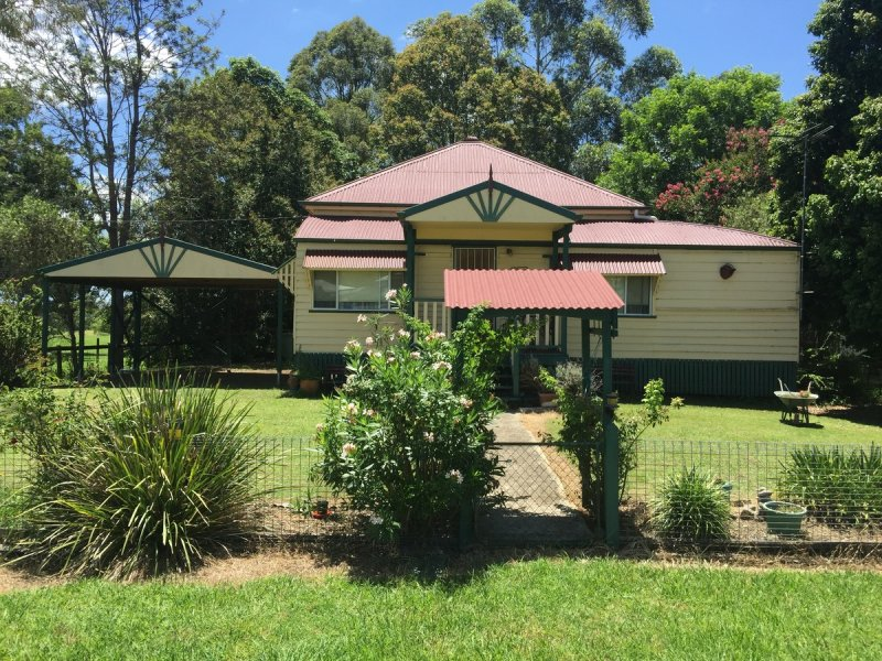 2 Dunns Avenue, Harrisville, Qld 4307