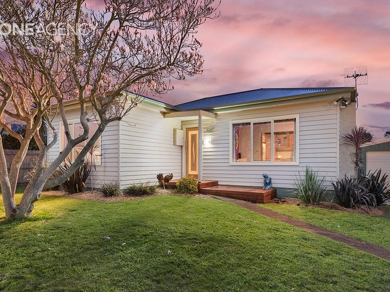 16 Deacon Street, Upper Burnie, Tas 7320