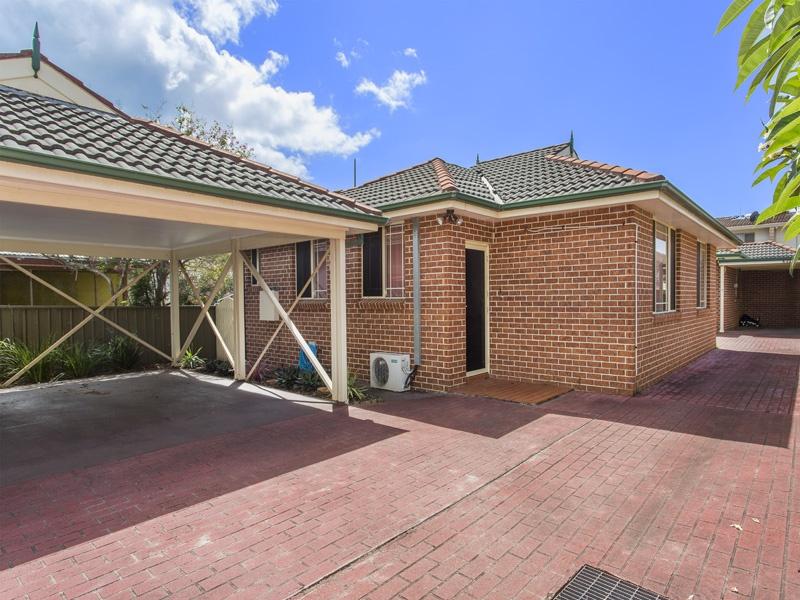 2/6 Park Road, Lake Illawarra, NSW 2528
