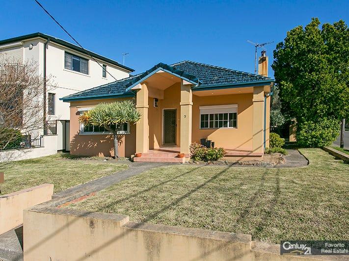 7 Earlwood Avenue, Earlwood, NSW 2206