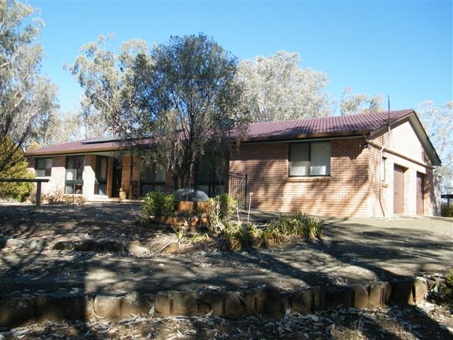 14 Wallabadah Creek Road, Wallabadah, NSW 2343