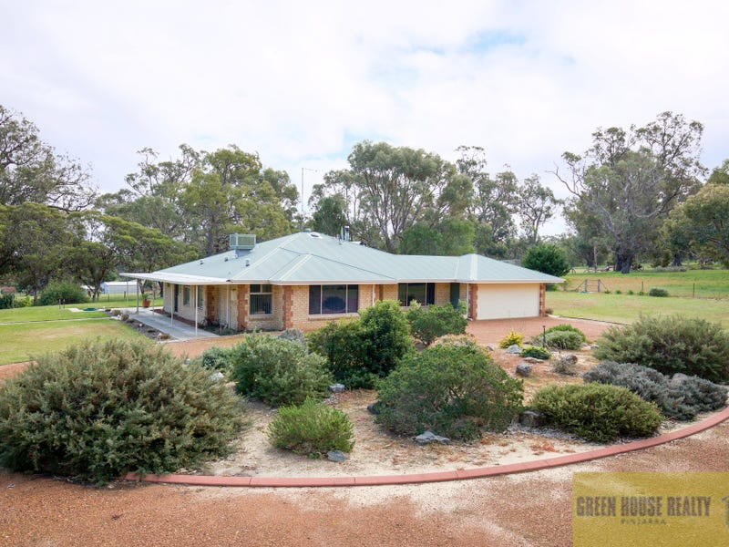 240 Tuart Grove Avenue, Lake Clifton