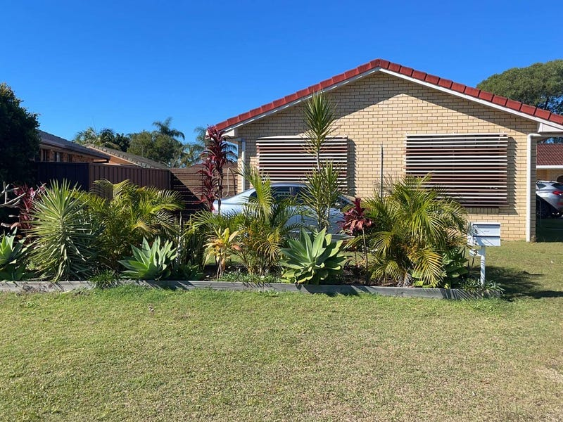 1/3 Melia Place, Yamba, NSW 2464
