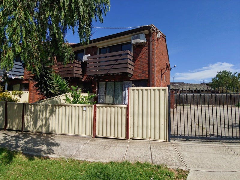 8/22 Forrest Street, Albion, Vic 3020