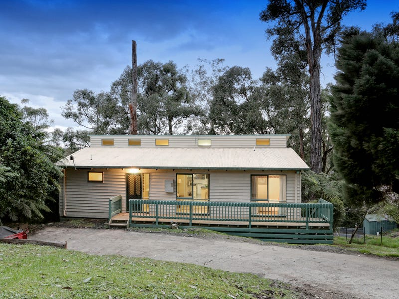 17 Upper Greive Road, Avonsleigh, Vic 3782