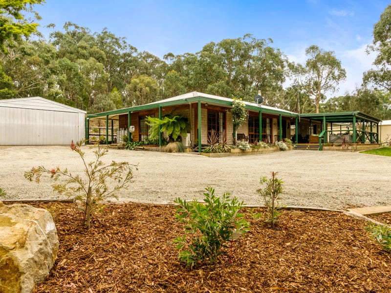 7 Wattle Gully Road, Greendale, Vic 3341