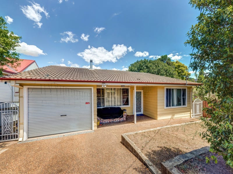 70 Gillies Street, Rutherford