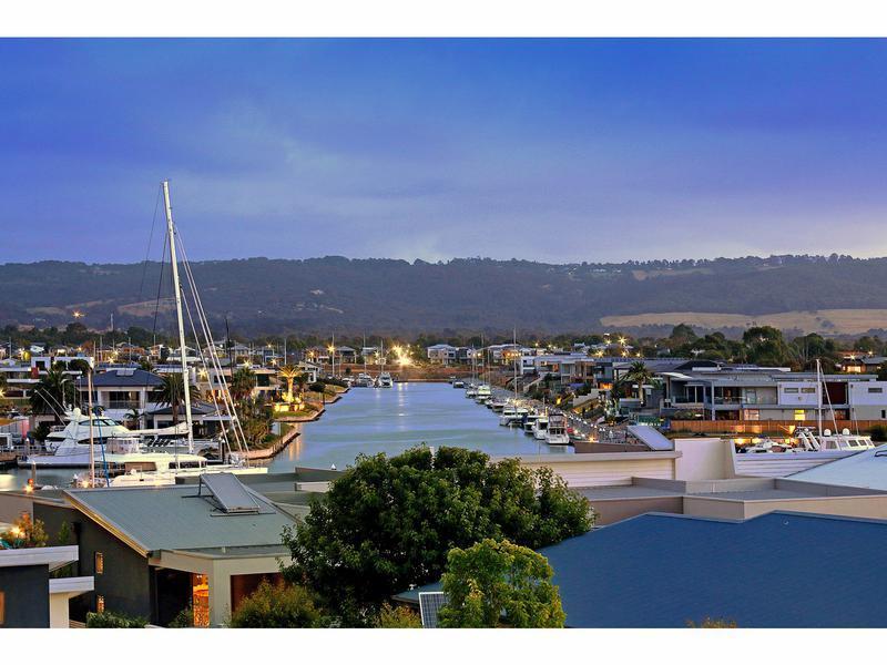 22 Spinnaker Terrace, Safety Beach, Vic 3936