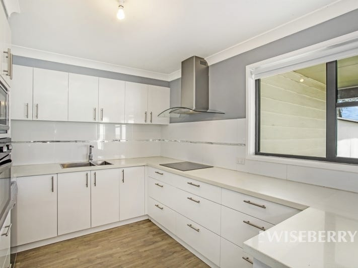 167 Pacific Highway, Charmhaven, NSW 2263