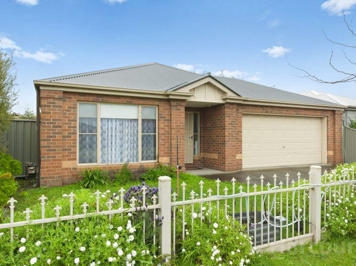 9 Hanwood Close, Delacombe, Vic 3356