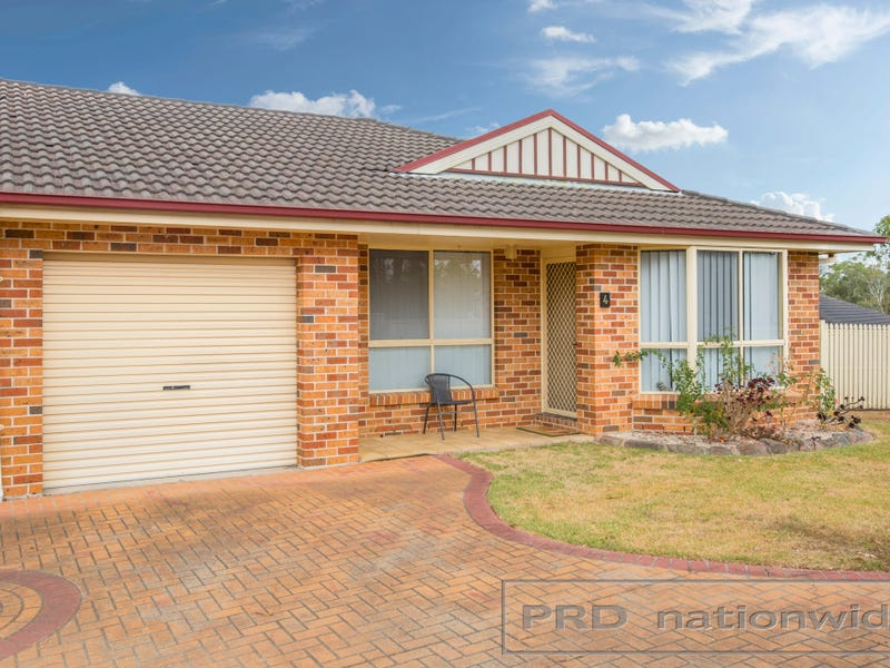 4/15 Proserpine Close, Ashtonfield, NSW 2323
