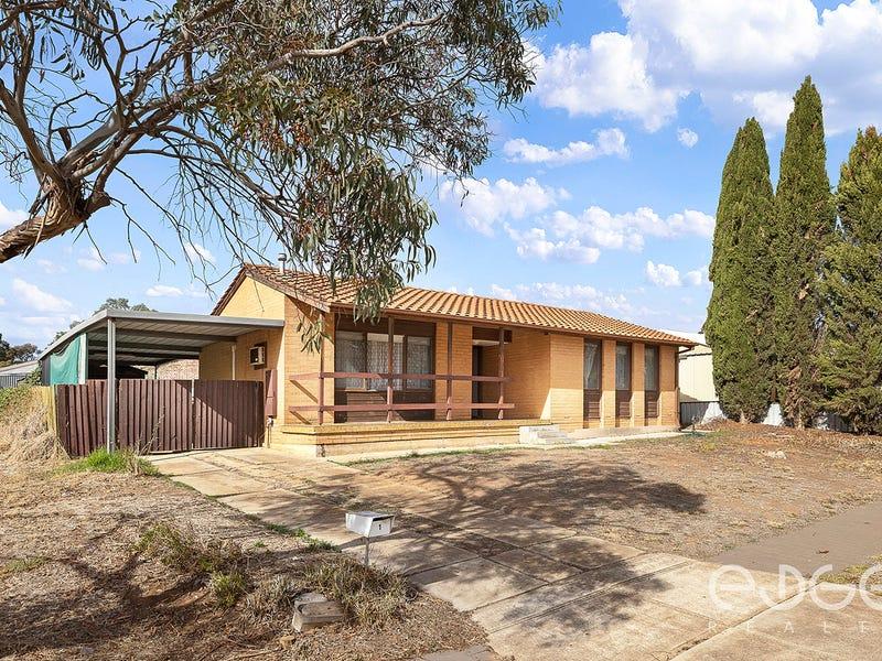 1 Eringa Court, Craigmore, SA 5114
