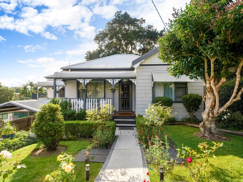 11 Liddle Street, Woonona, NSW 2517