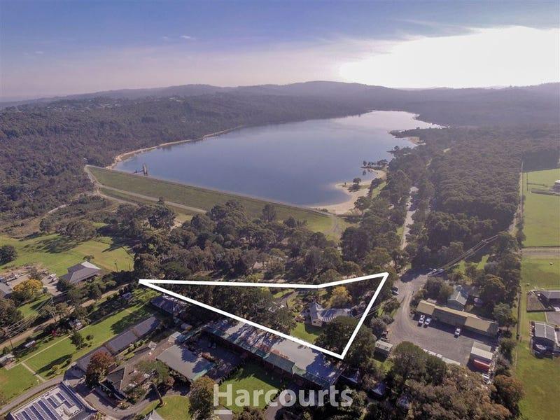 12 Reservoir Road, Narre Warren North, Vic 3804