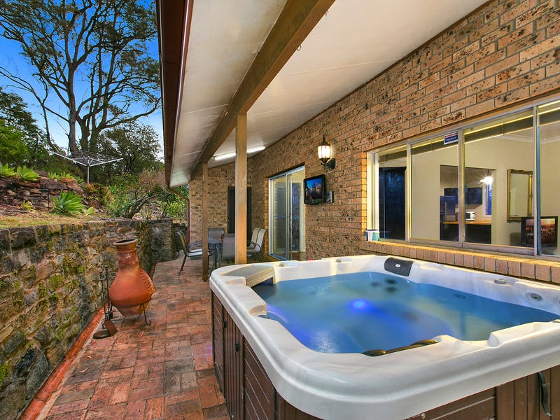 15 Playfair Road, Mount Colah, NSW 2079