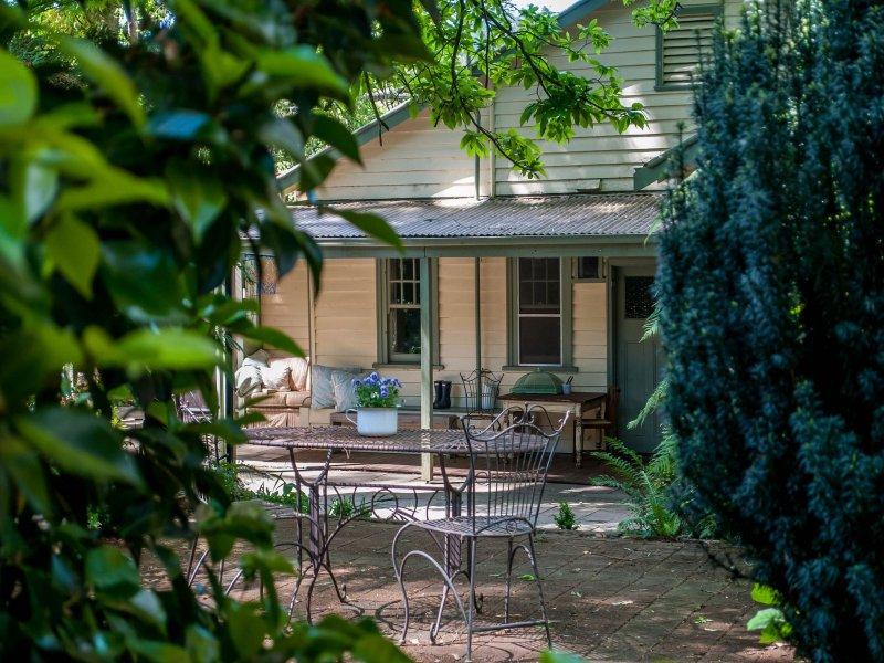 3 Grandview Grove, Sassafras, Vic 3787