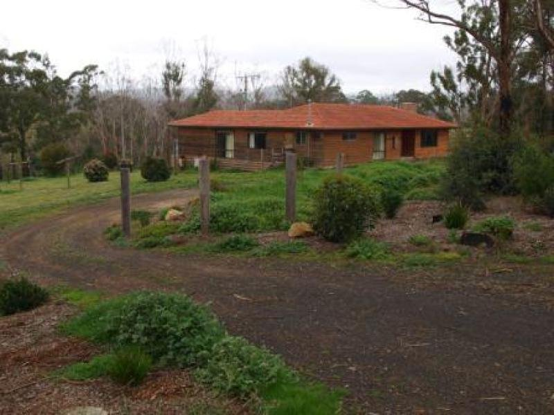Address available on request, Clonbinane, Vic 3658