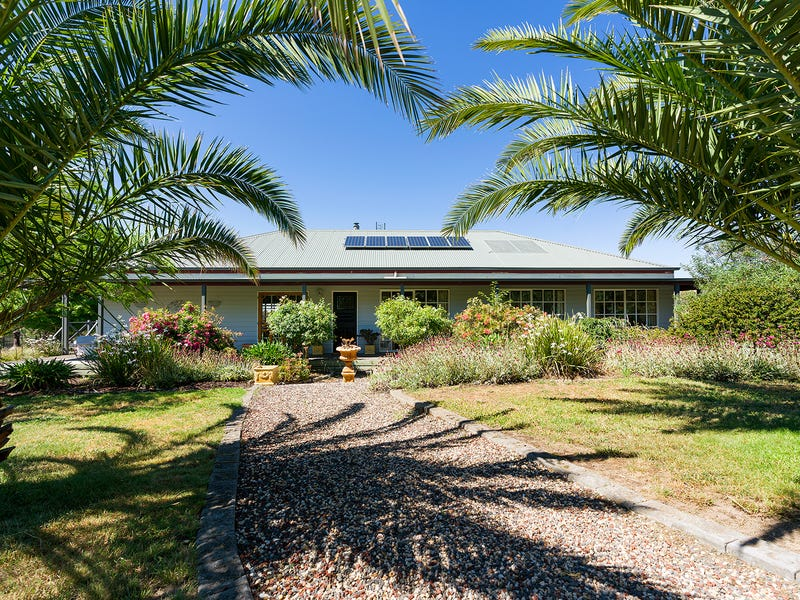 33 Ford Road, Harcourt North, Vic 3453