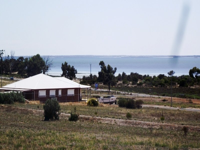 40 Oscar Williams Drive, Streaky Bay, SA 5680