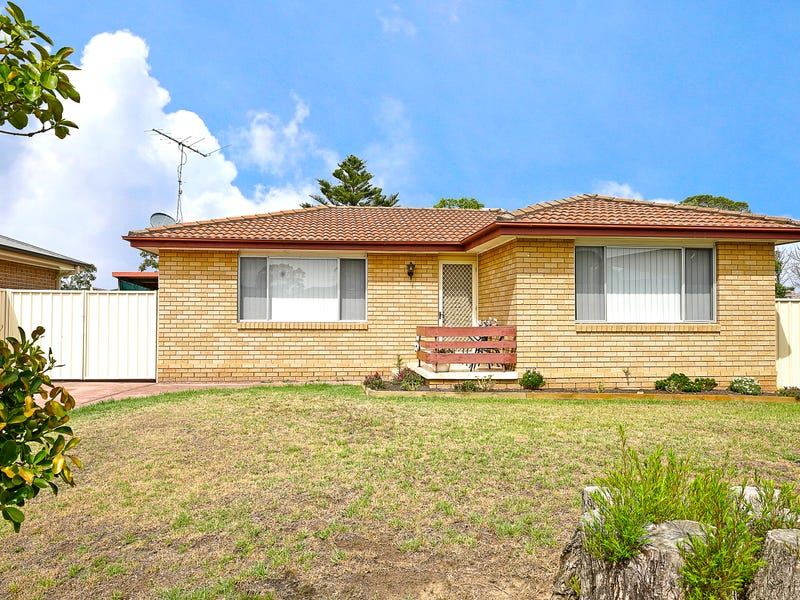 9 Exley Place, South Penrith, NSW 2750