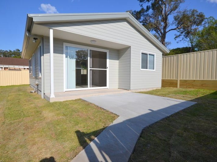 4a Sunnyside Avenue, Point Clare, NSW 2250