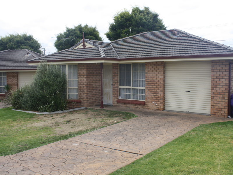 1/2 Underwood Avenue, Mount Gambier, SA 5290