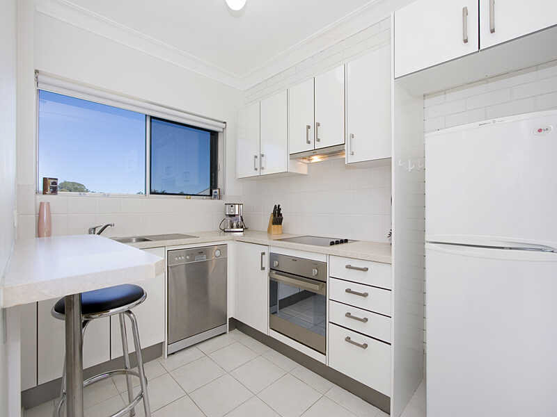 5/27 Second Ave, Sandgate, Qld 4017
