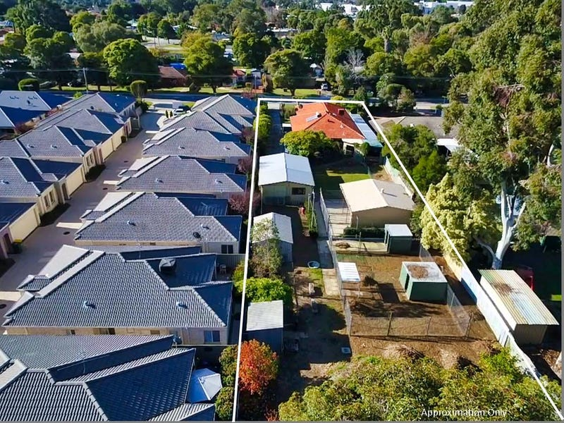 34 Fifth Road, Armadale