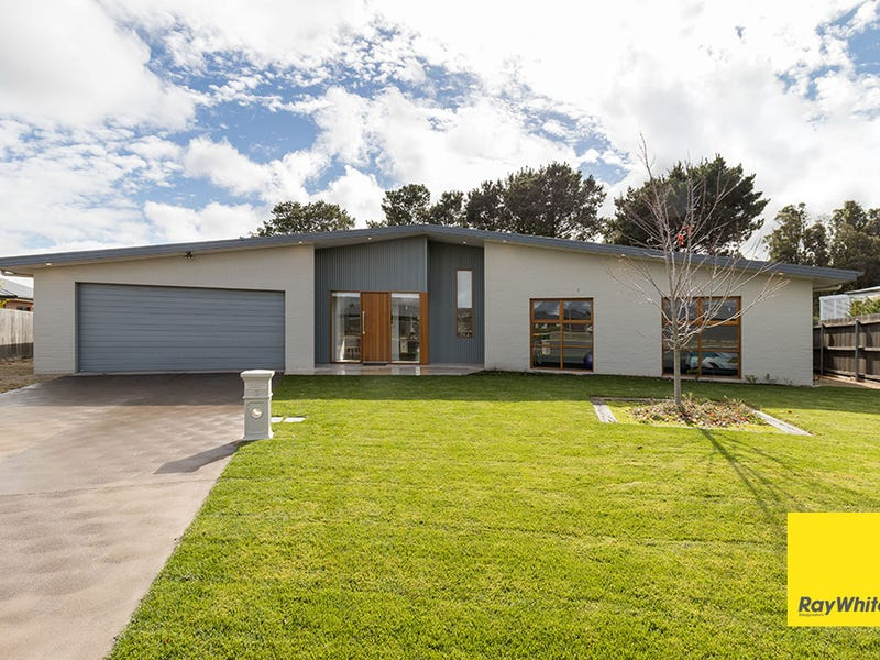 3 Carnell Close, Bungendore, NSW 2621
