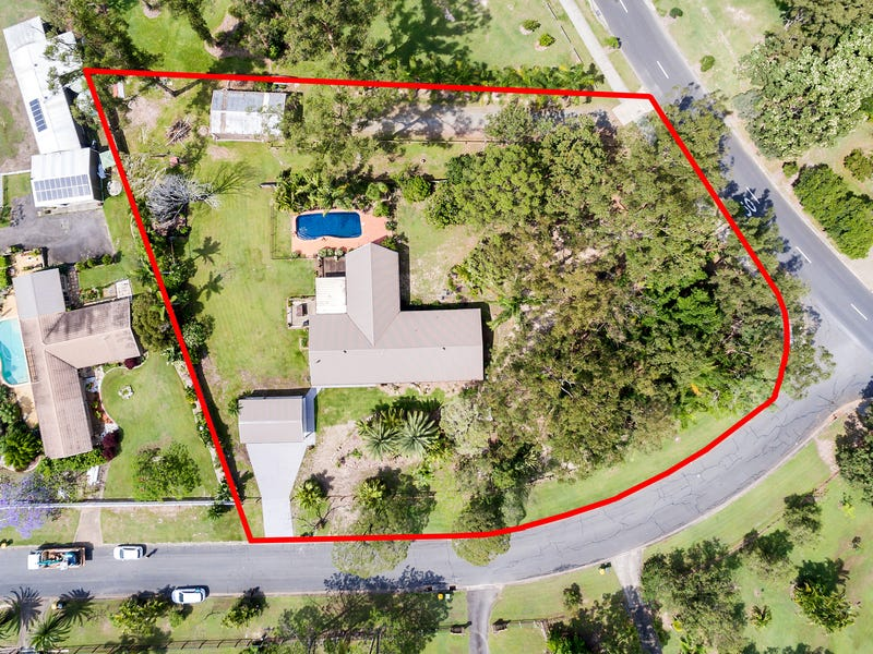 1 Oberon Way, Oxenford, Qld 4210