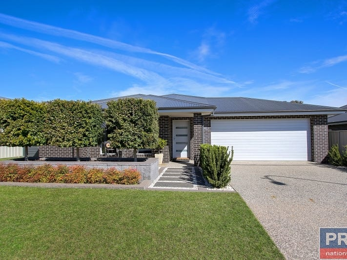 14 Felstead Circuit, Thurgoona, NSW 2640