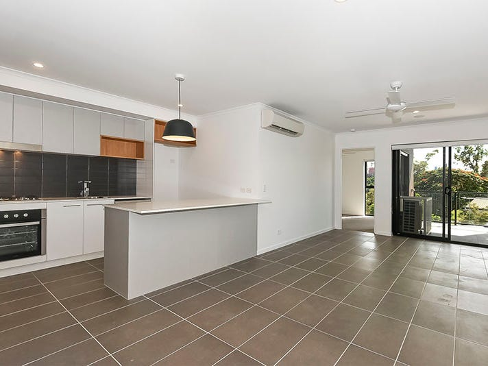 302/9-15 Regina Street, Greenslopes, Qld 4120
