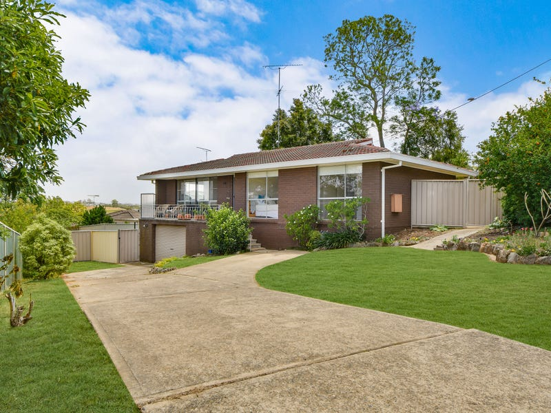 18 Bourke Place, Camden South, NSW 2570