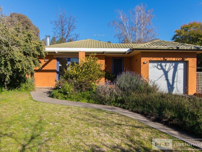 97 Lambie Street, Tumut, NSW 2720