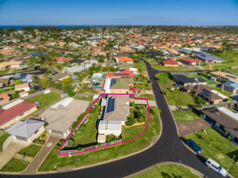 14 Hyperno Road, Point Vernon, Qld 4655