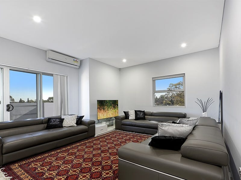 Unit 13/27 Woodville Rd, Chester Hill, NSW 2162