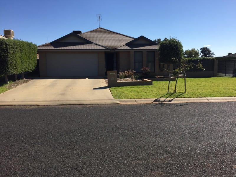 6 Mossgiel Close, Parkes, NSW 2870